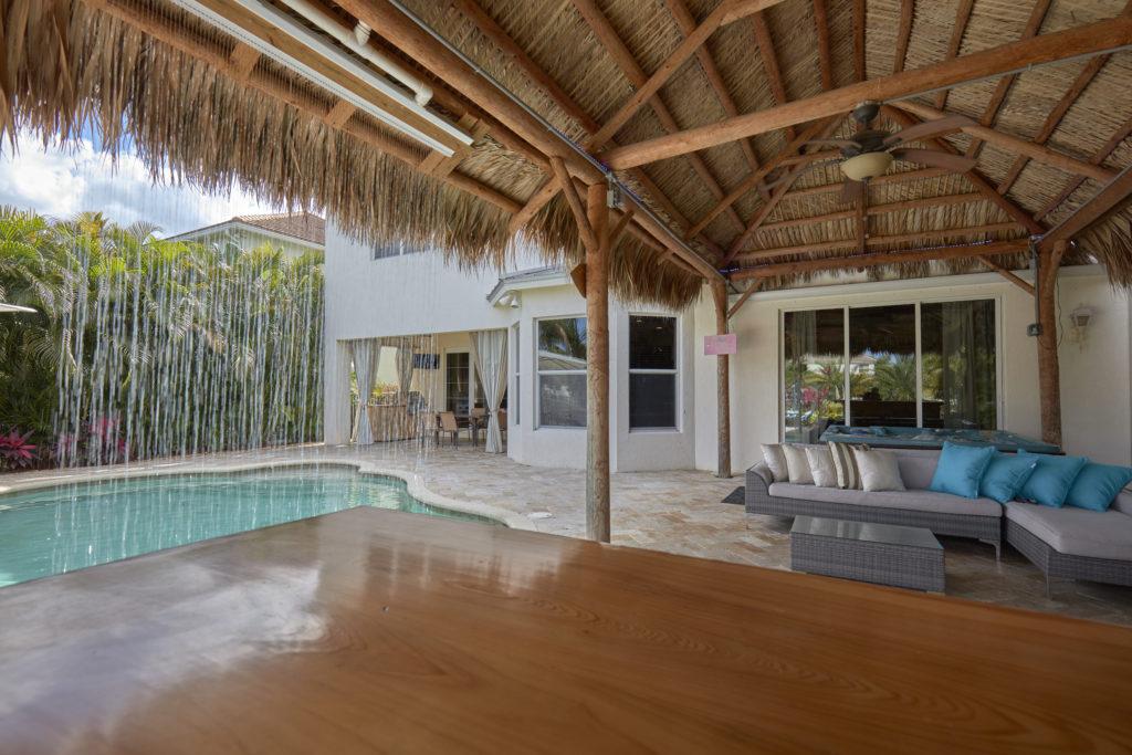 78 Palm Beach Plantation Bar View 2