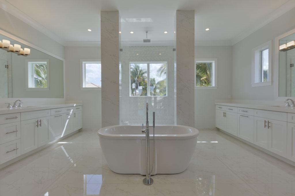 945 Alamanda master bath